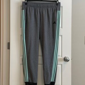 Designed 2 Move Cuffed Pants Gray & Mint